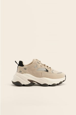 NA-KD Shoes Paksut Sneakerit Kontrastidetaljilla