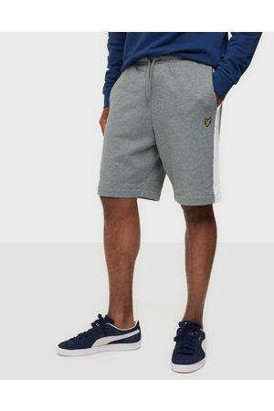 Lyle & Scott Miehet Shortsit - Side Stripe Sweat Short Shortsit Grey Marl
