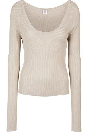 Totême Long-sleeved scoop neck top