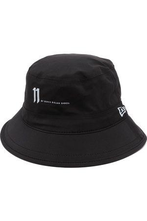 11 BY BORIS BIDJAN SABERI Miehet Hatut - Gore-tex reflective logo bucket hat