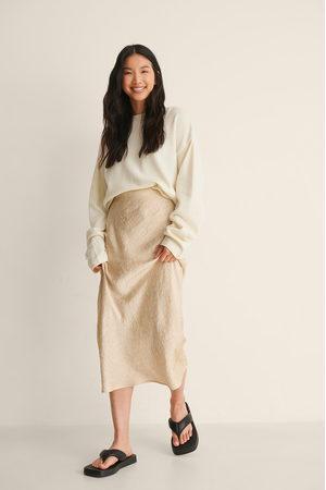 NA-KD Naiset Midihameet - Satin Wrinkle Skirt