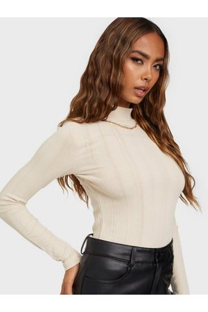 NLY Trend Must Have Rib Top Creme