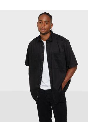Only & Sons Miehet Kauluspaidat - Onsneo Life Ss Tencel Relaxed Shirt Kauluspaidat Black