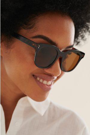 NA-KD Naiset Aurinkolasit - Perusmalliset Suuret Neliskulmaiset Aurinkolasit - Brown