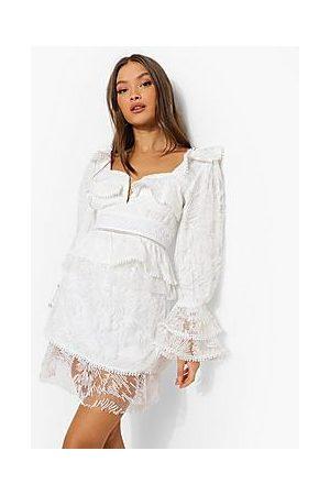 Boohoo Naiset Minihameet - Textured Lace Balloon Sleeve Blouse