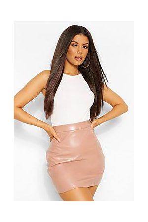 Boohoo Naiset Minihameet - Leather Look A Line Mini Skirt