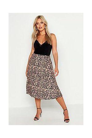 Boohoo Plus Leopard Print Pleated Midi Skirt