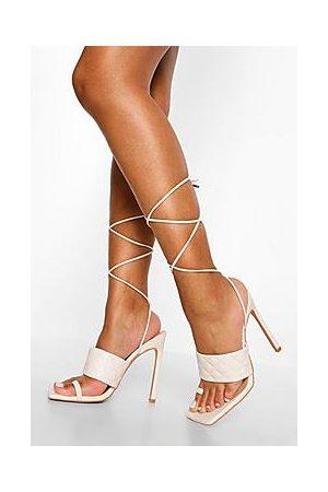 Boohoo Naiset Sandaletit - Quilted Toe Post Sandal