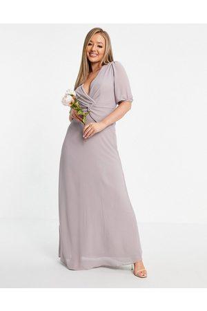 TFNC Naiset Maksimekot - Bridesmaid wrap front maxi dress in light grey