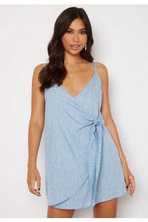 Trendyol Short Wrap Dress Blue 34