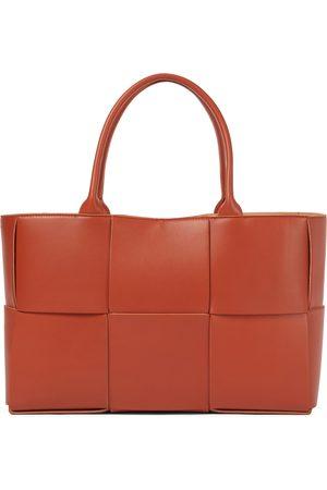 Bottega Veneta Arco leather tote