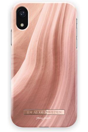 Ideal of sweden Fashion Case T.Lindgren iPhone XR Coral Sands