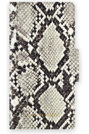 Ideal of sweden Atelier Wallet iPhone 12 Eternal Snake