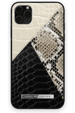 Ideal of sweden Atelier Case iPhone 11 Pro Max Night Sky Snake