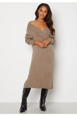 VILA Madelia V-Neck L/S Knit Dress Fungi XS