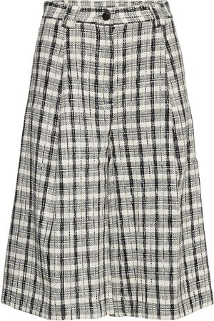 Stella Nova Hanni Shorts Flowy Shorts/Casual Shorts