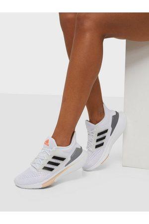 adidas Naiset Kengät - EQ21 Run White/Black
