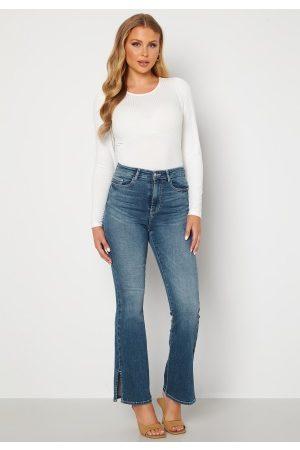 BUBBLEROOM Naiset Leveälahkeiset - Wendy side slit jeans Medium denim 38