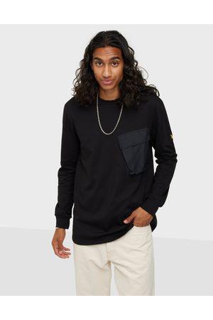 Lyle & Scott Miehet T-paidat - Pocket L/S T-shirt Neuleet & swetarit Jet Black
