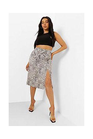 Boohoo Plus Leopard O Ring Wrap Midi Skirt