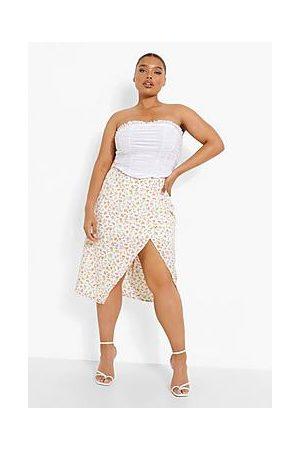 Boohoo Plus Ditsy Floral Split Midi Skirt
