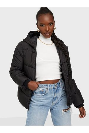 Pieces Pcbee New Short Puffer Jacket Bc