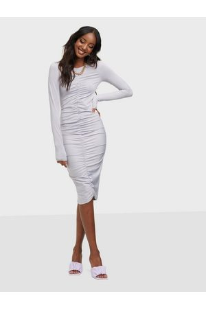 NLY Trend Front Ruche Dress Violetti