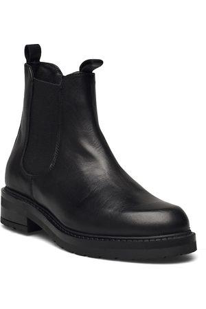Pavement Luca Shoes Chelsea Boots