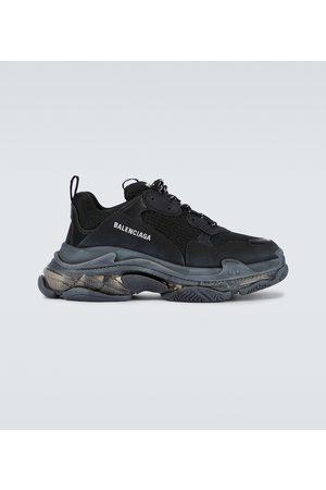 Balenciaga Miehet Tennarit - Triple S sneakers