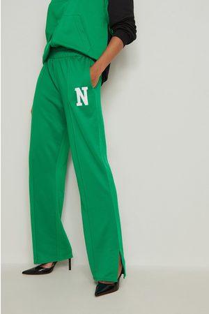 NA-KD Trend Collegehousut - Green
