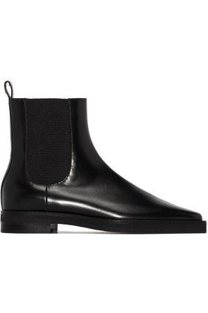 Totême Naiset Nilkkurit - Square-toe Chelsea boots
