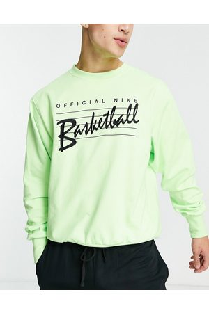 Nike Standard Issue crew sweat in lime-Green