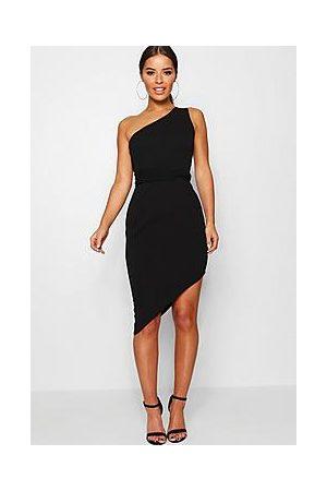 Boohoo Naiset Epäsymmetriset Mekot - Petite Recycled Asymmetric Bodycon Dress
