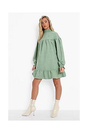 Boohoo Naiset Rennot Mekot - Cord High Neck Drop Hem Smock Dress