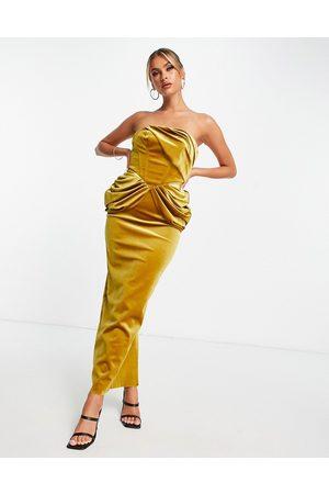 ASOS Naiset Juhlamekot - Velvet bandeau drape midaxi dress in gold