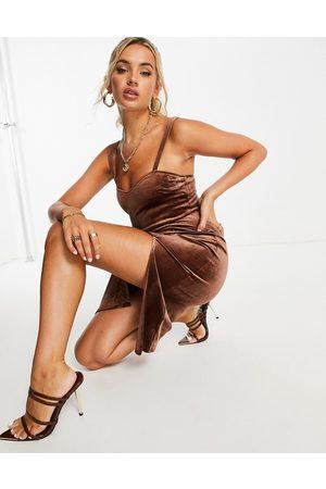 Saint Genies Front spilt velvet midi dress in chocolate-Brown