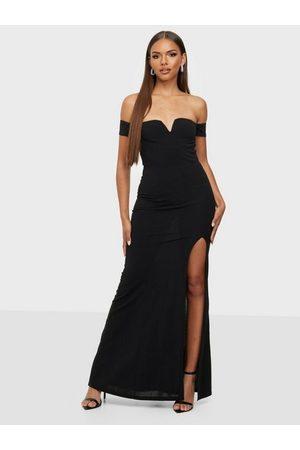 NLY Naiset Juhlamekot - Finding Love Off Shoulder Dress