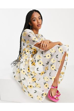 Sister Jane Naiset Juhlamekot - Lady Love smock dress in organza with embroidered flowers in yellow