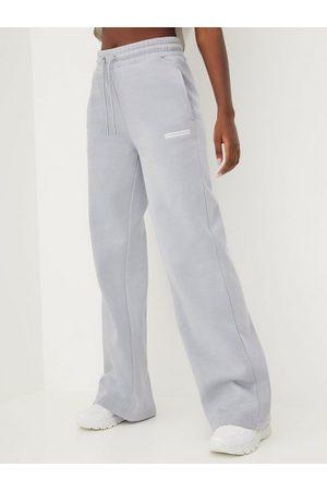 Calvin Klein Naiset Collegehousut - Micro Flock Jog Pants