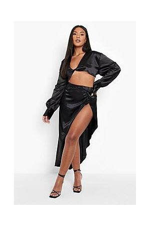 Boohoo Plus Knot Front Satin Skirt Co -Ord