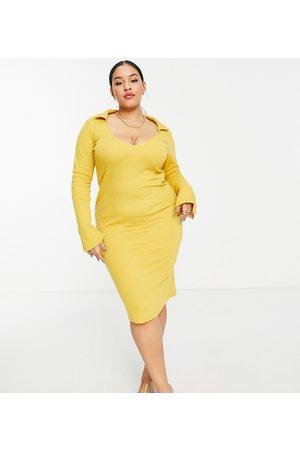 PUBLIC Open back midi dress in mustard-Yellow