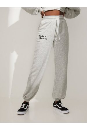 NLY Naiset Collegehousut - Embroidery Sweat Pants Melange