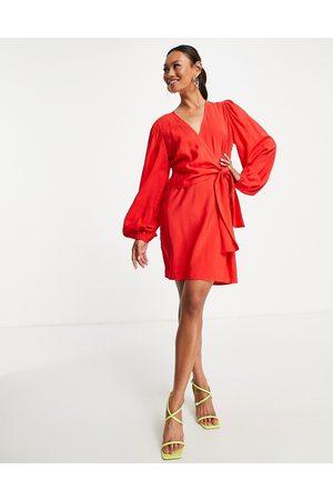 Envii Naiset Juhlamekot - Wrap mini dress in red