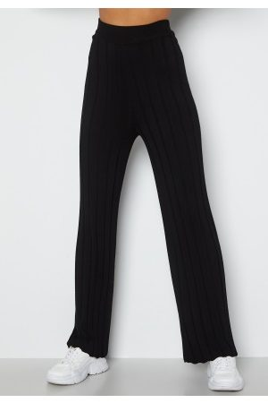 Happy Holly Naiset Leveälahkeiset - Anabelle Knitted pants Black 32/34