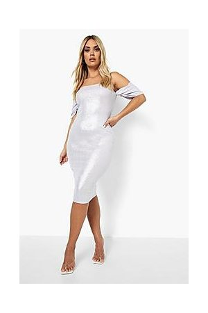 Boohoo Naiset Midimekot - Plus Metallic Bandeau Midi Dress