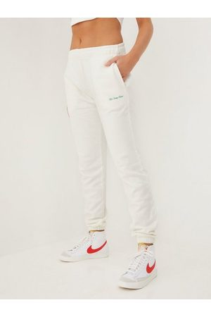 The Classy Issue x NA-KD Naiset Collegehousut - Relax Sweatpants