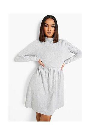 Boohoo Naiset Rennot Mekot - Roll Neck Long Sleeve Skater Dress