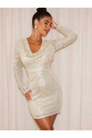 NLY Trend Naiset Juhlamekot - Amaze Me Cowl Neck Dress Champagne