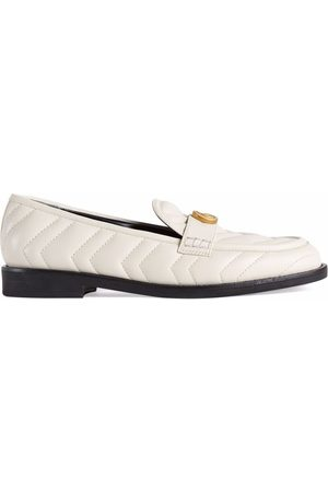 Gucci Naiset Loaferit - Double G matelassé loafers